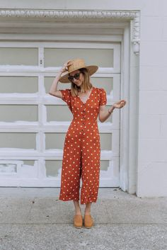 7 Travel-Friendly Outfits That Are Perfect For Exploring – Jumpsuit Casual, Jumpsuit Outfit, Summer Jumpsuit, Overalls Outfit, Instagram Outfits, Rompers Women, Jumpsuits For Women, Casual Summer Outfits, Cute Outfits