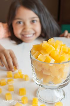 Tropical Fruit Snacks Recipe from Allergy Free Alaska - Cooking - Frozen Fruit Recipes Paleo Fruit, Fruit Snacks, Healthy Snacks, Fruit Fruit, Kid Snacks, Yummy Snacks, Yummy Food, Homemade Gummies, Homemade Candies