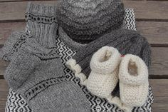 Handmade products from Sundö at Pellinge, Porvoo. The wool is from the farms own sheep. Handmade Products, Handicraft, Farms, Fingerless Gloves, Arm Warmers, Sheep, Wool, Crochet, Image