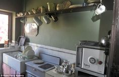 Inside the 1930s house of Blackpool's Aaron Whiteside | Mail Online