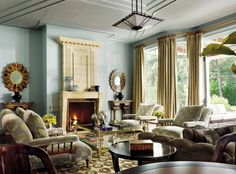 Traditional Living Room by Penny Drue Baird and David DiGiovanni in Quogue, New York