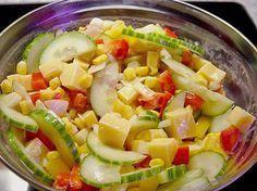 Gemischter Salat mit Käse, ein beliebtes Rezept aus der Kategorie Eier & Käse. Bewertungen: 7. Durchschnitt: Ø 3,8.