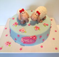 by riky's cakes Pretty Cakes, Beautiful Cakes, Amazing Cakes, Fondant Cakes, Cupcake Cakes, Fondant Recipes, Sheep Cake, Just Cakes, Fancy Cakes