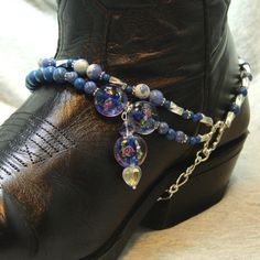 Boot Bracelet With Natural Stone Beads and by FunkyFrogsCrafts Beaded Foot Jewelry, Boot Jewelry, Beading Jewelry, Jewelry Ideas, Diy Jewelry, Fashion Jewelry, Jewelry Making, Boot Bracelet, Ankle Bracelets