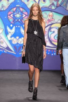 Anna Sui Spring 2015 Ready-to-Wear Collection