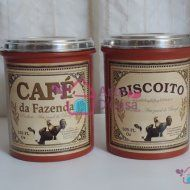 CONJUNTO DE POTES BISCOITO E CAFÉ VINTAGE http://artedcasa.divitae.com.br/produto-68619-leiteira-vintage-leite-2l