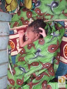 Neugeborenes im CSPS Salogo | solar-afrika.de
