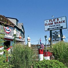 Flo's Clam Shack in Portsmouth, Rhode Island. The first place I ever had whole belly clams, and I've been hooked ever since! Newport Rhode Island, Destinations, Atlantic Beach, Exploration, New England Homes, Portsmouth, Travel Goals, East Coast, Travel Usa