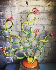 Horseshoe cactus art-pre order - Welding Projects about you searching for. Welding Crafts, Welding Art, Welding Projects, Art Projects, Blacksmith Projects, Arc Welding, Welding Ideas, Metal Welding, Horseshoe Projects