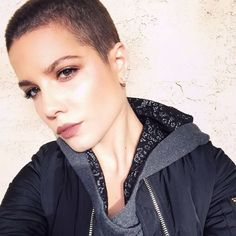 Loving Halsey's shaved head, fluttery lashes, and mauve lip color