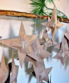 DIY Falling Stars Advent Calendar - i love advent calenders and the surprise for each day. i'd like to have one going for just about any holiday! Christmas Countdown, Noel Christmas, All Things Christmas, Winter Christmas, Advent Calenders, Diy Advent Calendar, Holiday Crafts, Holiday Fun, Navidad Diy