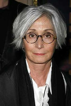 In 2001, we celebrated Twyla Tharp, one of the most accomplished choreographers in the entertainment industry. This year, Tharp begins her Artist in Residency at Pacific Northwest Ballet in Seattle.