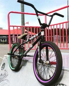 's bike Rate it in comms below for me. - Bmx Bikes - Ideas of Bmx Bikes - 's bike Rate it in comms below for me. Bmx Bike Parts, Bmx Bicycle, Cycling Art, Cycling Quotes, Cycling Jerseys, Bmx Bandits, Bmx Mountain Bike, Bmx Pro, Rolodex