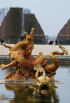 Bassin du Dragon, Versailles