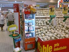 Freshboard Traditional Aoste  with cross-merchandising campaign in French supermarket
