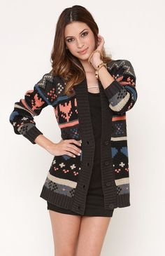 Love this cardigan! Tribal Cardigan, Oversized Cardigan, Pacsun Outfits, Sunday Clothes, Cute Outfits With Jeans, Lifestyle Clothing, What To Wear, Style Me, Ideias Fashion