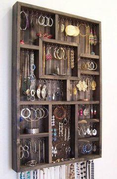 Handmade Home Decor Diy Simple, Easy Diy, Jewellery Storage, Jewellery Display, Diy Jewelry Holder, Jewelry Hanger, Homemade Jewelry Holder, Diy Jewelry Stand, Earring Hanger