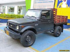 Chevrolet Samurai, Jimny Suzuki, Suzuki Cars, Grand Vitara, Japanese Cars, Classic Trucks, Land Cruiser, Cars And Motorcycles, Monster Trucks
