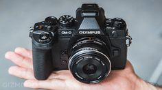 Olympus OM-D E-M1 Hands-On: So Hot You Won't Believe It's Mirrorless