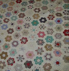 Quilt Flap: Not Your Everyday Grandmother's Flower Garden Quilt