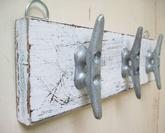 Boat Cleat Key Rack Distressed White Nautical