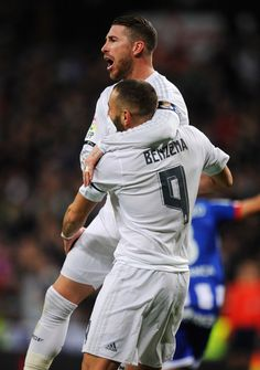 Ramos and Benzema Real Madrid, Best Football Team, Isco, Gareth Bale, Soccer Players, Cristiano Ronaldo, Manchester, Couple Photos, Celebrities