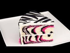 Tutorial de como fazer um Bolo de Zebra e Rosa. How to Make a Pink Zebra Cake Tutorial from Cookies Cupcakes and Cardio
