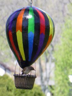 Hot Air Balloon Birdhouse Gourd - a Wren checking out the basket on the Balloon Air Balloon, Balloons, Pine Needle Crafts, Balloon Crafts, Gourds Birdhouse, Hand Painted Gourds, Art Basics, Bird House Kits, Bird Houses Diy