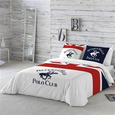King Bedding Sets For Sale Bed Linen Design, Bed Design, Bedroom Sets, Home Decor Bedroom, Versace Bedding, Designer Bed Sheets, Hall Furniture, Buy Bed, Comforter Sets