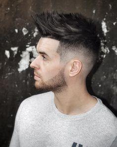 Haircut by ryancullenhair http://ift.tt/261HLML #menshair #menshairstyles #menshaircuts #hairstylesformen #coolhaircuts #coolhairstyles #haircuts #hairstyles #barbers