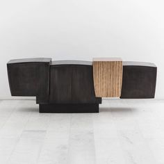 Gary Magakis, Blackened Steel and Layered Bronze Cantilevered Console, USA, 2016 - Todd Merrill Studio Console Cabinet, Cabinet Furniture, Design Furniture, Metal Furniture, Unique Furniture, Luxury Furniture, Showcase Cabinet, Solid Wood Sideboard, Hotel Concept