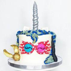 Ravenclaw unicorn cake with Spectrespecs Luna Lovegood Harry Potter Bolo Harry Potter, Harry Potter Birthday Cake, Harry Potter Food, Harry Potter Theme, Luna Lovegood, Ravenclaw, Cake Day, Eat Cake, Fire Party Ideas