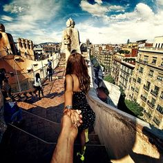 #followmeto Casa Mila with @yourleo. We are proud to be participants of the #watchhungerstop campaign by @michaelkors. October 16th is the World Food Day. Many thanx to @rachelholzman. It was a pleasure working with you on this project.