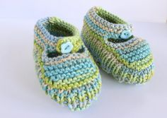 Colourful Booties Blue Green Booties Hand Knit by Pinknitting Soft Baby Shoes, Knitted Booties, Baby Sandals, Crib Shoes, Hand Knitting, Baby Gifts, Blue Green, Knitwear, Booty
