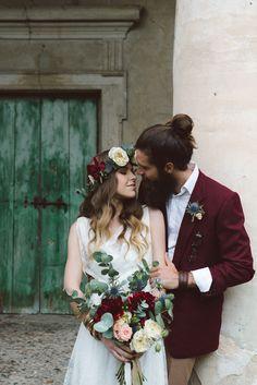 9-sposi-bacio-bouquet-coroncina-matrimonio.jpg (667×1000)