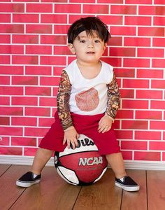 Kids with style: T-shirts with long sleeve with prints of tattoos by THE TATTOO'D TYKE