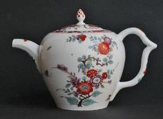 Meissen 'Saxe' Porcelain Teapot, circa For Sale at Vintage Coffee, Vintage Tea, Indian Dolls, Tea Box, Jar Lamp, China Porcelain, Earthenware, Retro, Tea Cups
