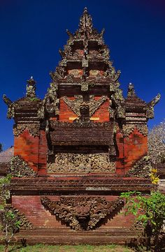 Balinese Hindu temple by wufgaeng, via Flickr