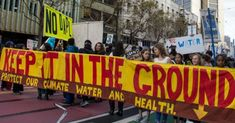 A San Francisco protest in solidarity with North Dakota's Standing Rock Sioux and their fight against the Dakota Access Pipeline. (Photo: Peg Hunter/cc/flickr)