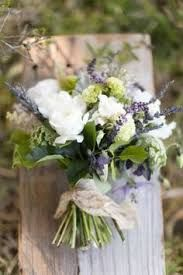Is this lavender? I love the smell of lavender. This bouquet is very pretty, like white flowers, but would also want more blue/purple included. Natural Bouquet, Lavender Bouquet, Herb Bouquet, Lavander, Rose Bouquet, Natural Wedding Flowers, Lavender Boutonniere, Lavender Green, Bride Flowers