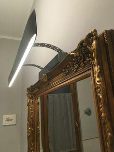 Lampada LED  In metallo e legno