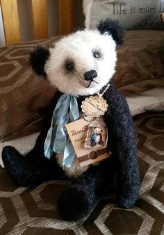 Ping By Marjan Balke 'Tonnibears' - Bear Pile