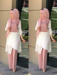 , Source by outfits hijab Hijab Outfit, Hijab Style Dress, Abaya Fashion, Modest Fashion, Fashion Dresses, Women's Fashion, Muslim Women Fashion, Islamic Fashion, Hijab Chic