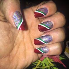 Christmas holiday manicure!