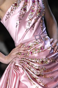 Christian Dior at Paris Fashion Week Fall 2007 - Details Runway Photos