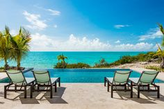 Let the views of Sapodilla Bay, palm trees swaying in the wind and crisp salty air greet you as you arrive through the private gated driveway to Miami Vice 2. This contemporary vacation rental offers spectacular views of the famous turquoise waters of Turks and Caicos.