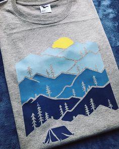 Camper shirt Adventure Shirt Mountain shirt Sunset t-shirt Nature shirt Hiking shirt Gift for Hiker Nature prints Graphic Tee Graphic Shirts, Printed Shirts, Tee Shirts, Hiking Shirts, Tee Design, T Shirt Graphic Design, Shirt Outfit, Old Navy, Shirt Designs