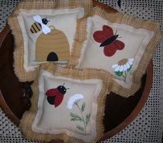 Primitive Tucks Summer Ornie Bowl Fillers Lady Bug Butterfly & Bee by auntiemeowsprims, $9.99