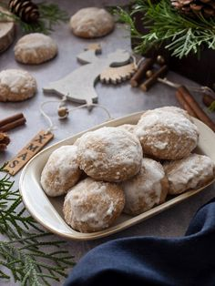 Karácsonyi puszedli recept Hungarian Recipes, Breakfast Recipes, Cooking Recipes, Sweets, Bread, Cake, Christmas, Advent, English