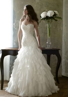 Wedding Dresses from the Love Story 2013 Collection by Bien Savvy